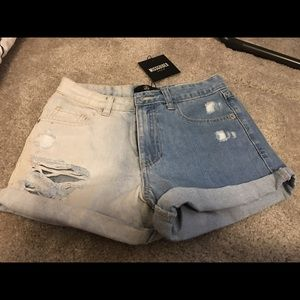 Missguided Boy Fit Bleached Denim Short